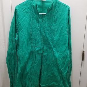 Greater Good made in India size 2xl Top sequins